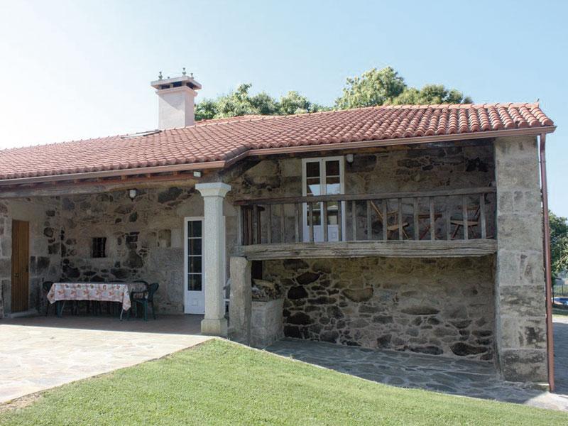 luxury-rirual-casa-solariega-en-a-estrada-fachada